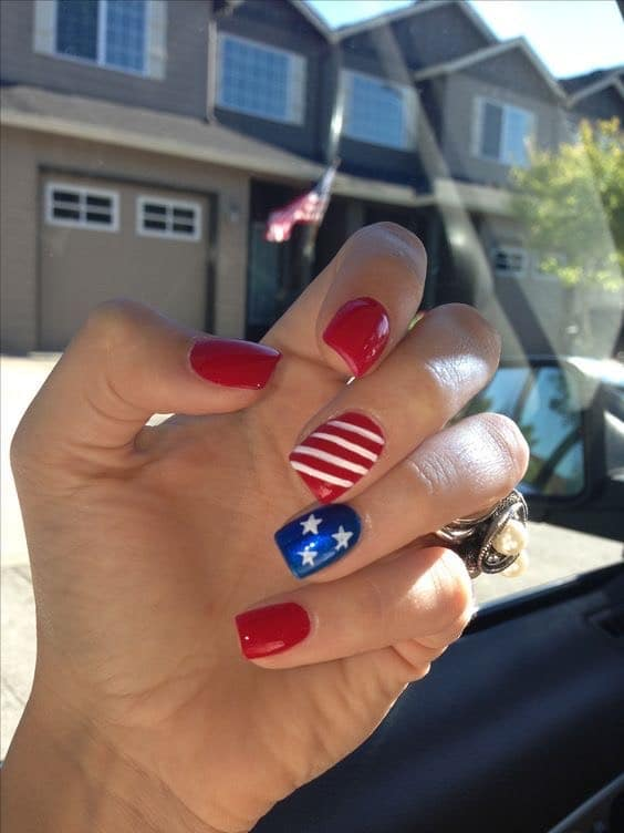 4th of July nail art red stripes