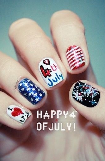 4th of July nail art freehand