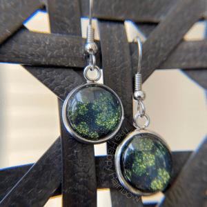 Shamrock design earrings made from Color Street